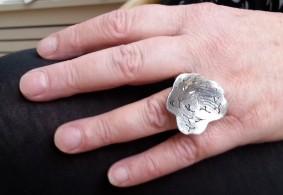 Ring with fingerprint